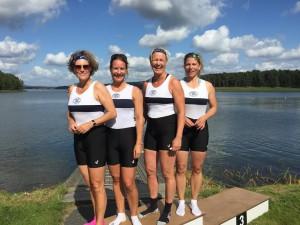 Anna Cathrine Hunstad, Line Parelius, Eva Hansen og Antje Peine vant Master dobbeltfirer og er klare for København.