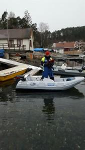 Ivo Yanakiev i følgebåt.