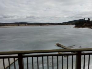 Det er enda et stykke til det er isfritt på Vingersjøen.