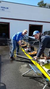 Båter ble vasket og reparert.