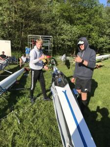 Oskar Gjerland og Nicolay Bjønness Yngsdal er klare for ny regattahelg.