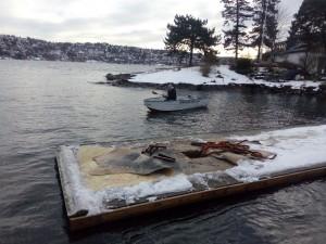 Dag Eriksen måtte ut med lettbåten for på jakt etter en forsvunnet moring.
