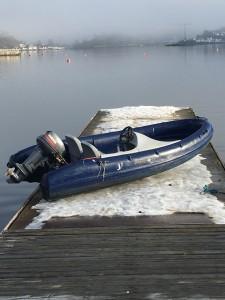 Følgebåter er særlig utsatt for saltvannet og mye satt aldeles fast og måtte byttes iår.